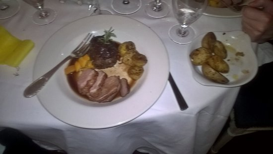 Fleming's Restaurant : Fillet of Beef and Duck