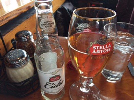 Wenatchee, WA: nice selection of beers and wine