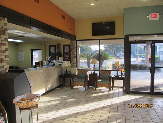 Lake Park, Geórgia: Front lobby.
