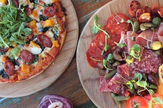 Miami, Australia: Pizza at Nobby's Arc