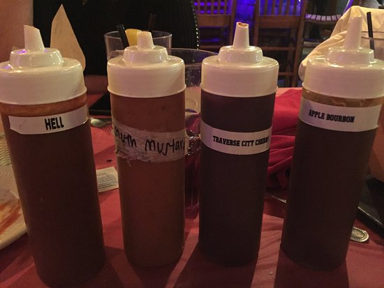 Westland, MI: Bbq sauces