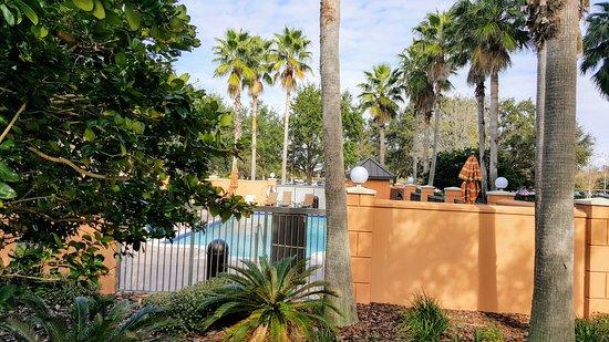 Hyatt Place Orlando Airport: Pool area