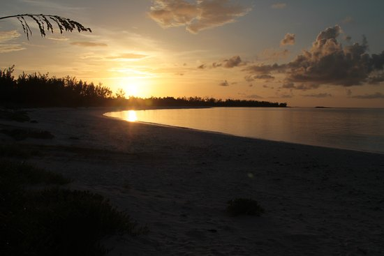 Governor's Harbour, Eleuthera: French Leave at sunset