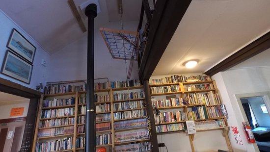 Springfield, Selandia Baru: Extensive library