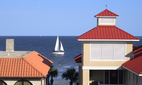 The Rooftop at Ocean Lodge: View from The Rooftop in St. Simons Island, Georgia