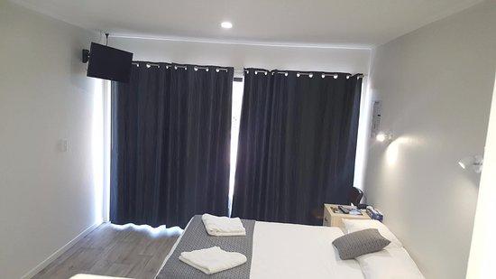 Bowen, Australia: Single Room
