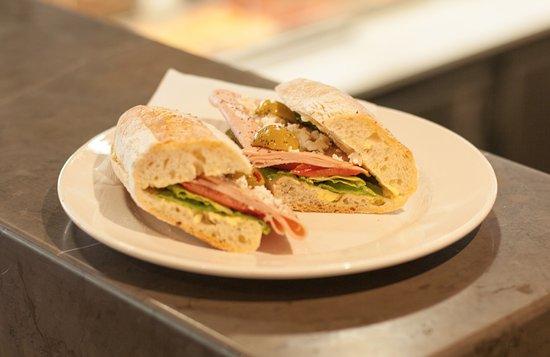 Oakleigh, Australia: A light lunch