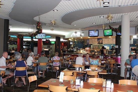 Sawtell, Australia: Bistro dining area