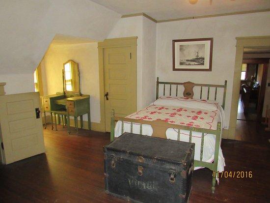 Sedalia, MO: Bedroom