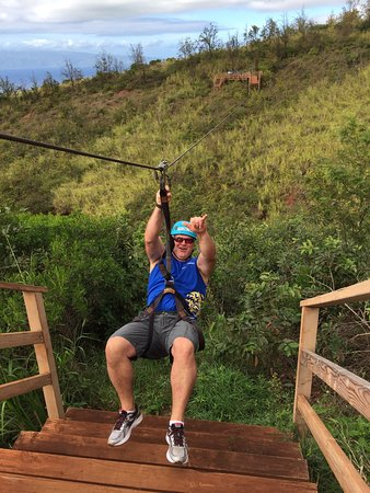 Ka'anapali, Hawaje: We had the beast tour Guides Hoku and Chris Mahalo for a good fun filled day everyone was very f