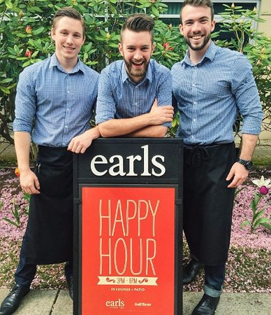 Burnaby, Canada: Earls Bridge Park staff is always warm and welcoming!