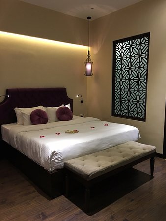 Chambre sans fenetre hanoi marvellous hotel spa for Chambre sans fenetre location