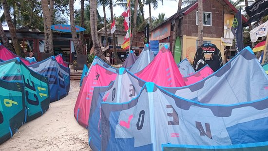 Malay, Philippinen: New 2017 North Kites