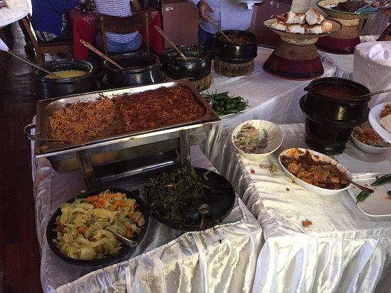 Taitu Hotel: Vegan Buffet