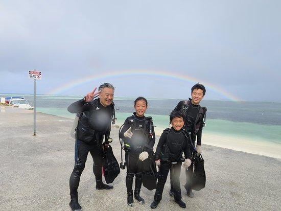 Saipan Mei Dive 1968 - Day Tours: 写真も一杯撮ってくれますよ~!
