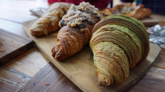 Wolli Creek, Australia: Croissants!
