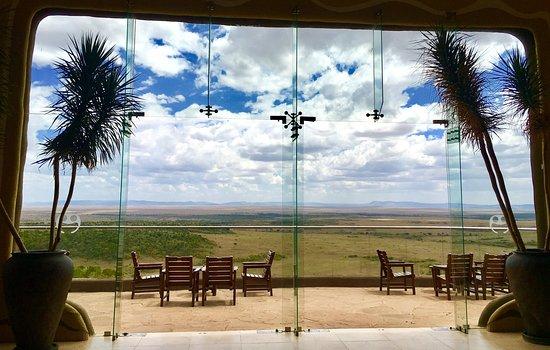 Mara Serena Safari Lodge: Lobby View