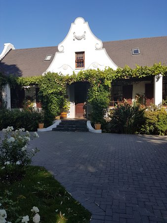 The Oak and Vine Guest House Photo