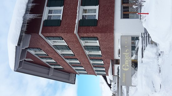 Hittisau, Austria: Haupteingang Pension Engel