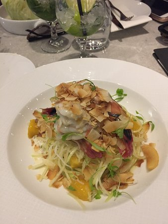 City Beach, Australia: Prawn, mango and coconut salad.