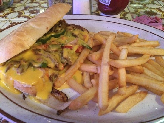 New Iberia, Λουιζιάνα: Queso Philly Cheesesteak