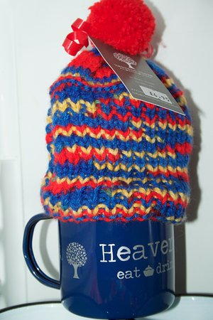 Heaven Scent: Hand knitted tea cosies - a speciality!