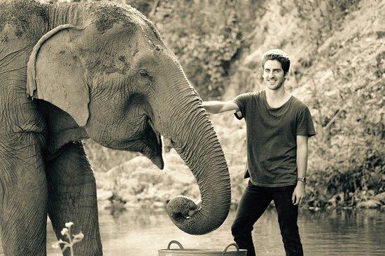 Mae Chaem, Thailand: Time with Elephant