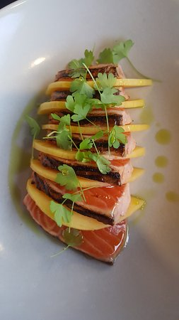 Concord, Australia: salmon with mango