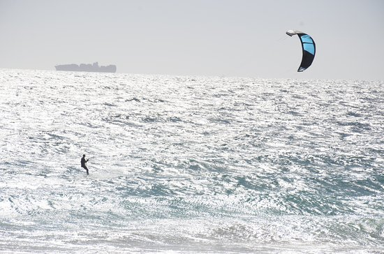 Scarborough, Australia: Kite Surfer delight