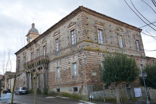 Palazzo Serrao