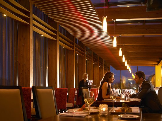 Ice House Restaurant: The Restaurant at the Ice House Hotel, Mayo