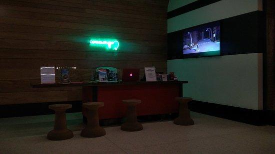Pod 39 Hotel: IMG_20161222_201413_large.jpg
