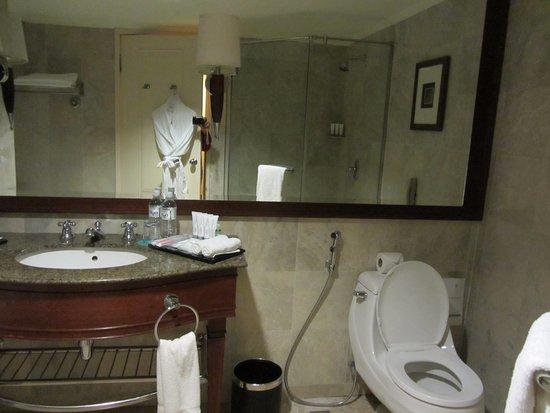 Bathroom Accessories Kota Kinabalu le meridien kota kinabalu - picture of le meridien kota kinabalu