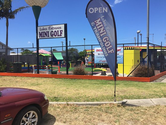 ‪Lakes Entrance Mini Golf and Trampolines‬