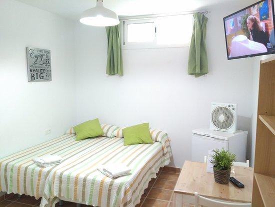 Apartamentos Centurion: Private room - b2