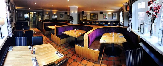 Bromsgrove, UK: Restaurant Booths