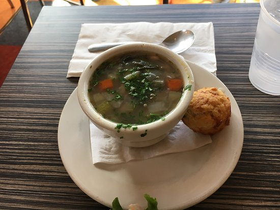 Comfort, Teksas: Soup of the day: hopping john with a corn muffin
