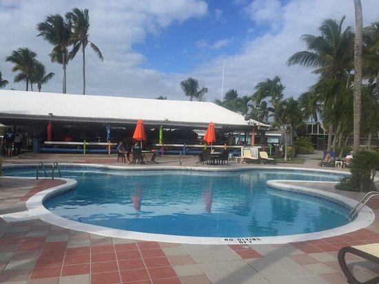 Treasure Cay Pool deck and bar
