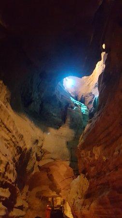 Cobleskill, Estado de Nueva York: caves