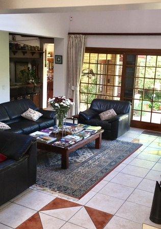 Bayside Lodge: Lounge area