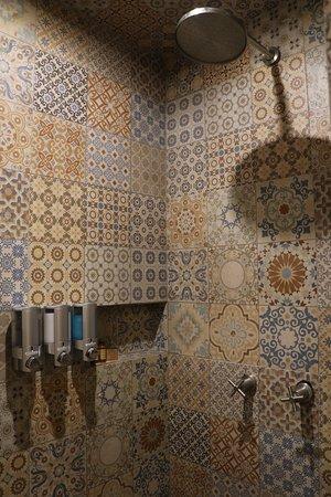 belle décoration dans la salle de bain - Picture of HM Playa del ...