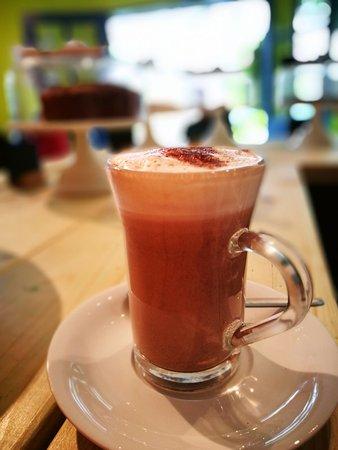 Tiverton, UK: Hot chocolate.