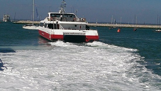 Red Funnel Ferries: RedJet at Cowes
