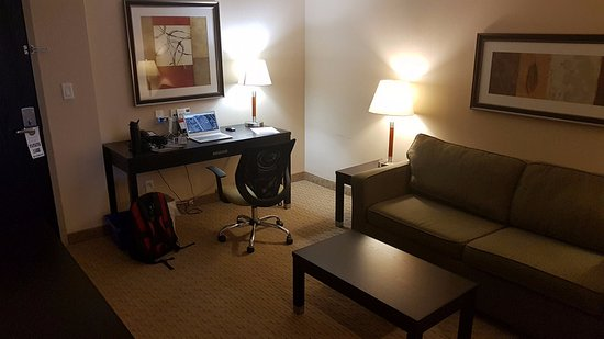 Фотография Holiday Inn Express & Suites Ottawa West - Nepean