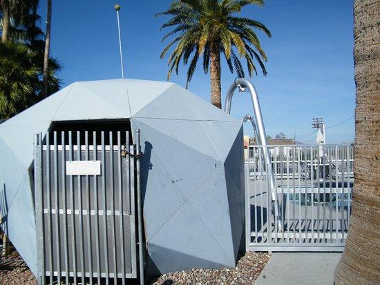 Gila Bend, AZ: space age pool pump