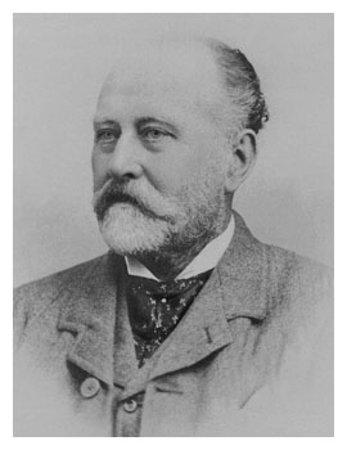 Alnwick, UK: Founder William Hardy.