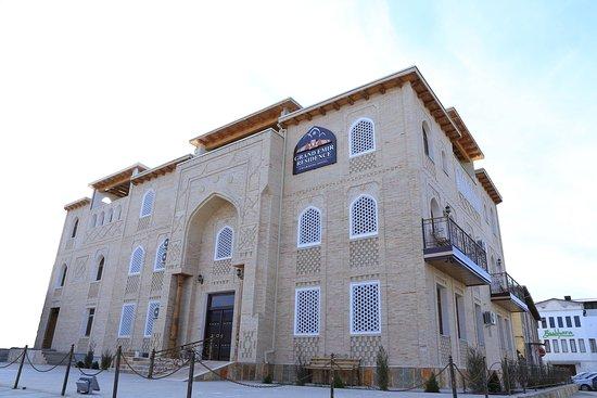 Gran Emir Residence