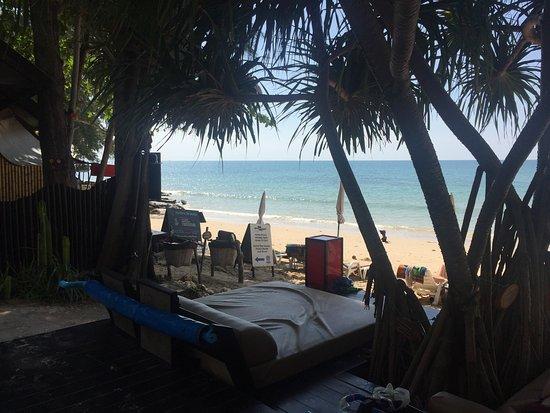 Lanta Castaway Beach Resort: photo1.jpg