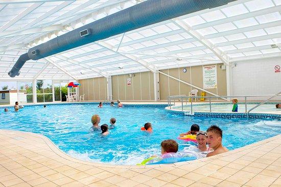 Dawlish Sands Holiday Park - Park Holidays UK