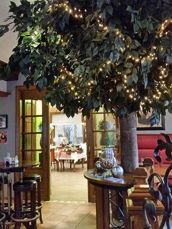 Hotel-Restaurant Victor Hugo Photo